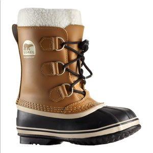 Sorel Yoot Pac Waterproof Boots, Boys 6 or WM 7.5.